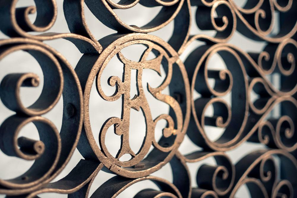Griglia decorativa in ferro battuto personalizzato - Gori